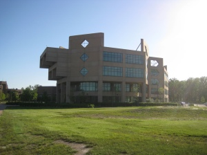 Chicago State University academic library, photo by vinzcha