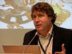 George_Siemens_at_UNESCO_Conference_2009